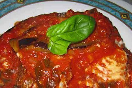 Melanzane alla parmigiana, che NON si infornano.Vera ricetta siciliana