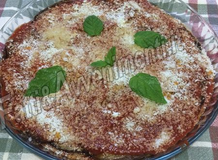Melanzane alla parmigiana, che NON si infornano – Ricetta siciliana