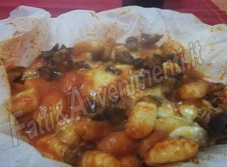 Gnocchetti di patate al cartoccio con melanzane