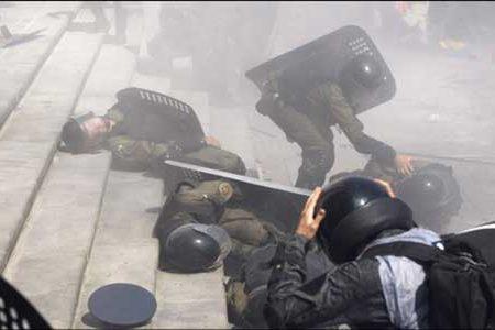 Ucraina nel caos:  assalto dei nazionalisti al Parlamento di Kiev