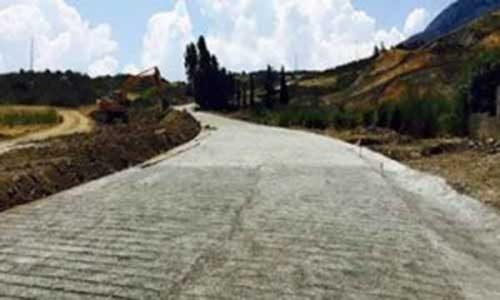 Nubifragi in Sicilia: l'unica strada che collega Palermo a Catania è la Regia Trazzera realizzata grazie alla donazione del M5S.