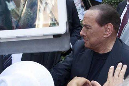 """Berlusconi terrorizzato dai 5 Stelle: """"Alle prossime elezioni vinceranno loro"""""""