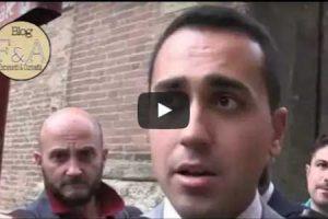 Di Maio a Bologna: Prima il reddito di cittadinanza per gli italiani, poi pensiamo all'accoglienza
