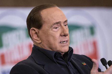 Legge elettorale. Berlusconi dice NO alle preferenze perchè sa che Forza Italia è un fantasma politico