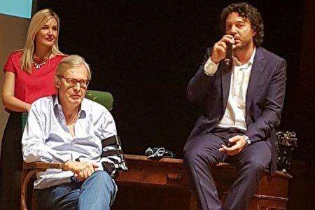 Successo per il primo Premio Internazionale Arte Milano con Vittorio Sgarbi, Moni Ovadia e Marco Travaglio