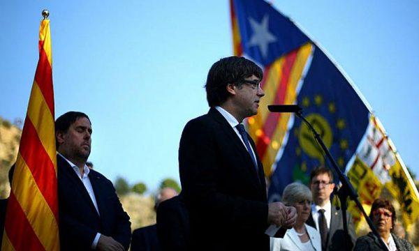 Presidenza della Catalogna: sospesa la candidatura di Puigdemont