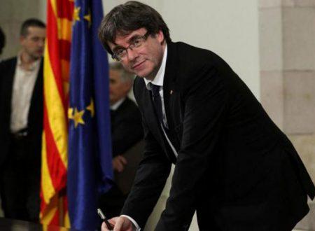 Caso Puigdemont: Tribunale belga rinvia decisione e la Corte Suprema spagnola revoca mandato arresto internazionale