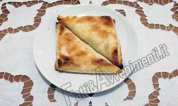Sfogliatelle di ricotta alla siciliana – Ricetta veloce, preparazione in 10 minuti