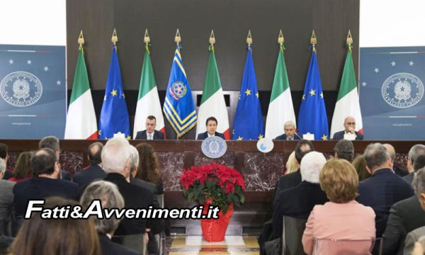 """Conferenza stampa di fine anno del Premier Conte: """"Manovra scritta in Italia, noi non siamo con le lobby"""""""