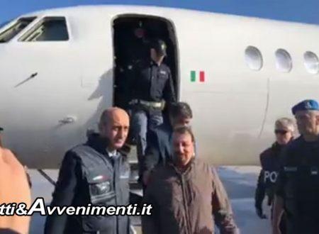 """Cesare Battisti in Italia: All'ergastolo, primi 6 mesi in isolamento. Salvini: """"Solo l'inizio, vogliamo terroristi nascosti in Francia"""""""