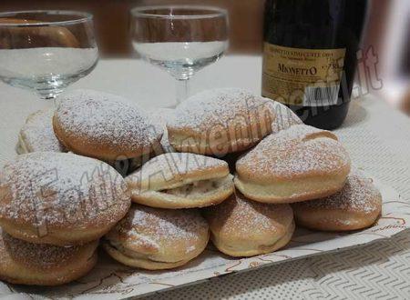 Chiacchiere al forno con ricotta, scorze d'arancia e cioccolato – Ricetta siciliana
