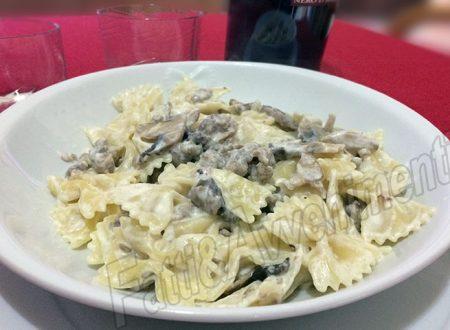"""Farfalle alla boscaiola a modo mio – La ricetta della Chef """"Zia Pina"""""""