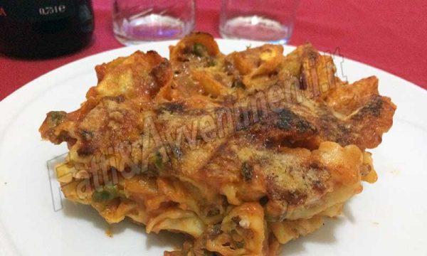 """Tortellini ragù e besciamella al forno di """"Zia Pina"""""""